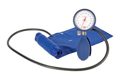 Verenpainemittari ja stetoskooppi